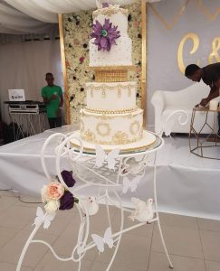 Wedding cake table for rent